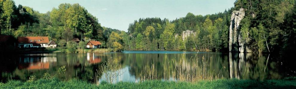 Věžický rybník, Podtrosecká údolí